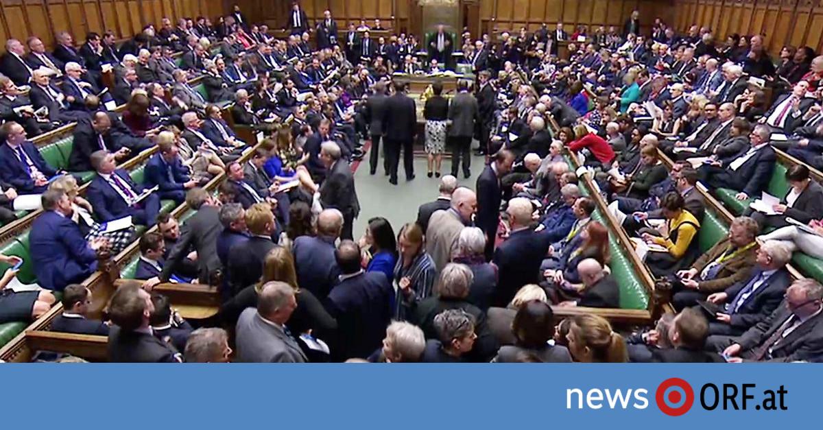 Brexit: Unterhaus votiert für Verschiebung