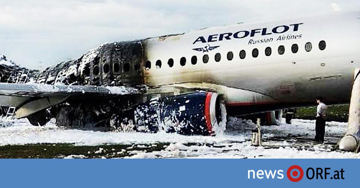 41 Tote in Moskau: Jet laut Piloten von Blitz getroffen