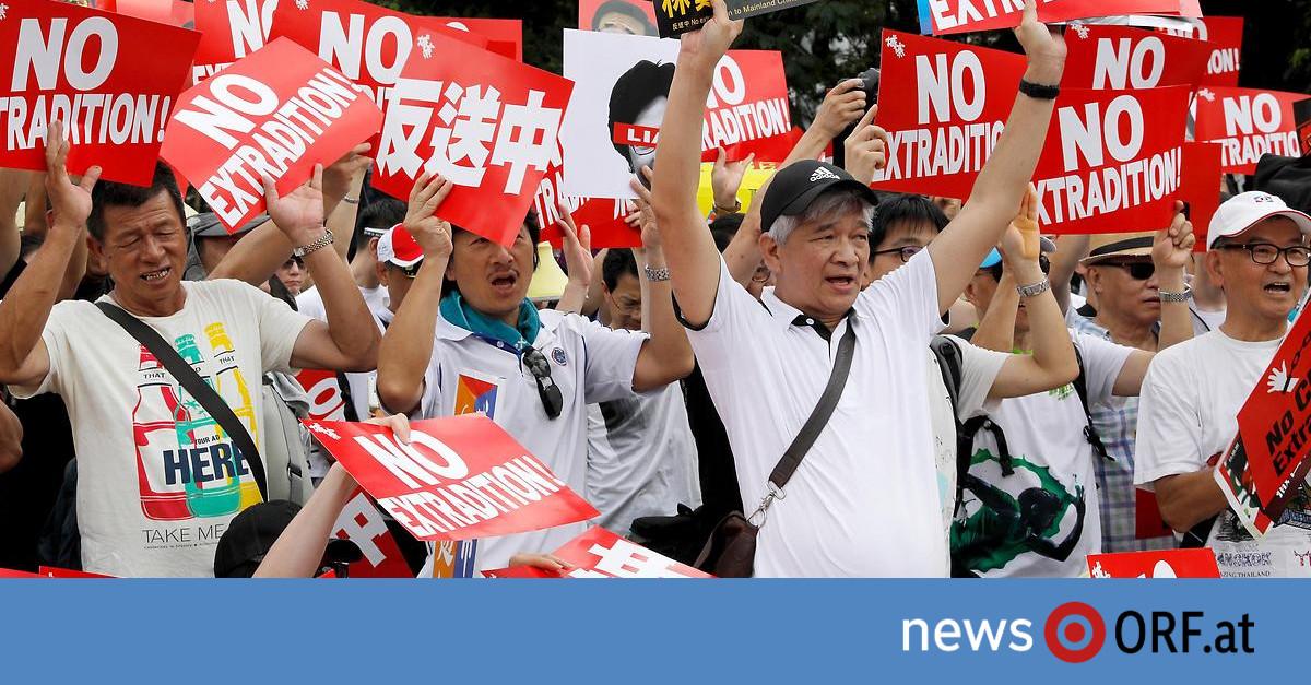 Gegen Auslieferungsgesetz: Eine Million auf Hongkongs Straßen