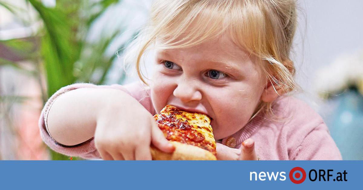 Von Hunger bis Übergewicht: Ideale Kinderernährung in weiter Ferne