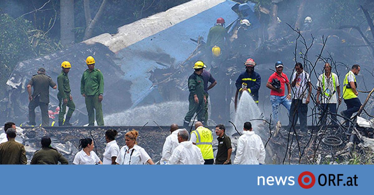 Über 100 Tote nach Flugzeugabsturz