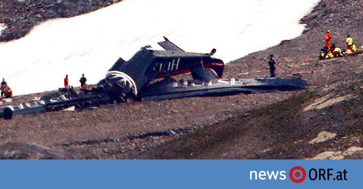 20 Tote bei Absturz von Oldtimer-Flugzeug